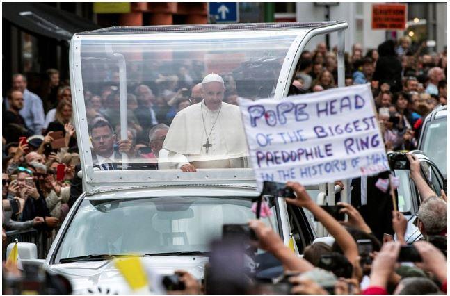 Pope in Rome_Pedo