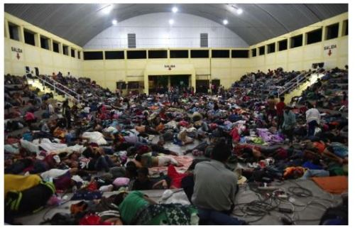 Migrants at Catholic Church_01
